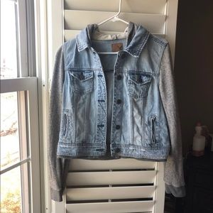 American Eagle Denim Jacket Size Large
